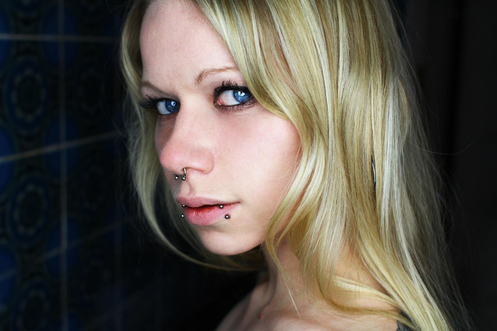 Miss Valerie Velvet Portrait